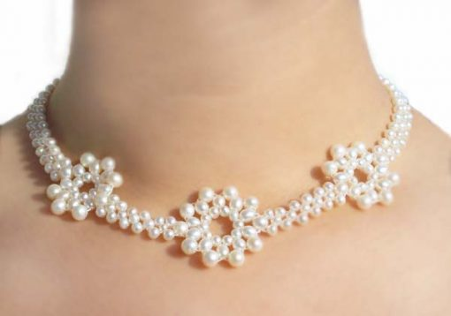 White 3.5-4mm, 4-5mm and 5-6mm 3 Flower Pearl Necklace SS