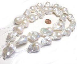 White Large 18x30mm Baroque Pearls Strand