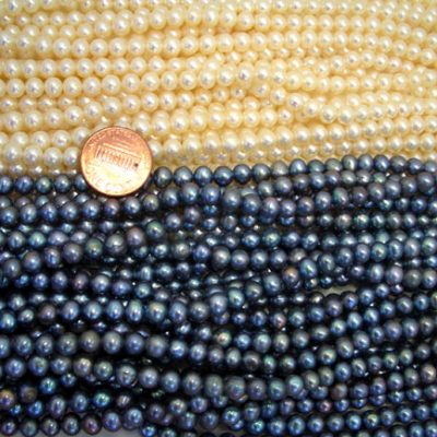 5-6mm Round White and Black Pearl Strand