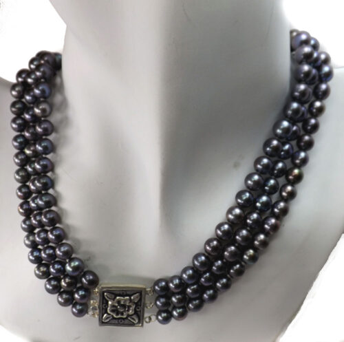 3 row black pearl necklace with rectangular clasp