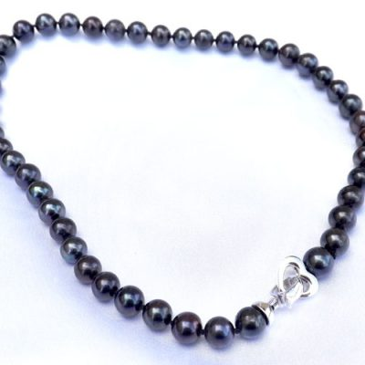 9-10mm Round Black Pearl Necklace, 925 Sterling Silver Heart Clasp
