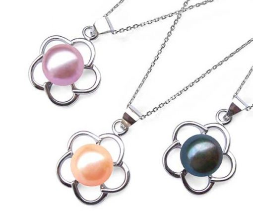 Lavender, Pink and Peacock Black 8-9mm Pearl Pendant in Flower Design, 16in Silver Chain