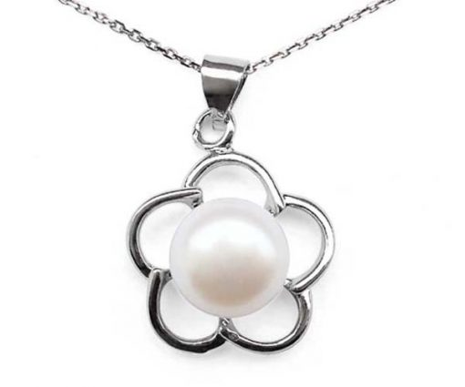 White 8-9mm Pearl Pendant in Flower Design, 16in Silver Chain