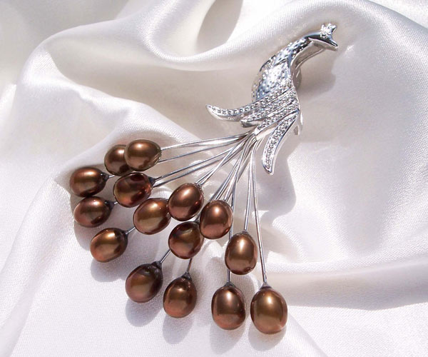 Chocolate 5-7mm Clustered Real Pearl Brooch, 18K WG filled