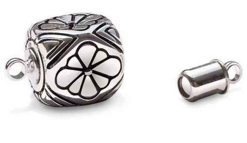 Silver Cuboid Magnetic Clasp with Flower Pattern, 18K WG