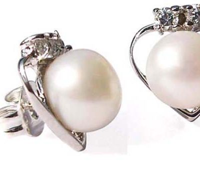 White 6-7mm Stud Earrings in 925 SS Heart Setting with Cz Diamonds