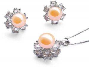 9-10mm Pink Pearl Necklace and Earrings Set