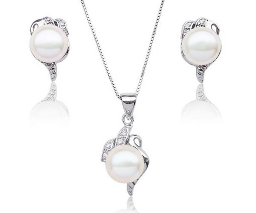 9.5-10mm AAA White Pearl Necklace and Earrings Set