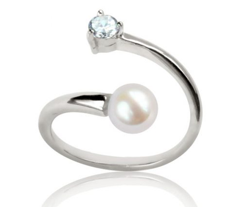 White 5-6mm AAA Round Pearl Adjustable Ring in 925 SS