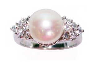 White 8-8.5mm Pearl SS Ring with Shining Cz Diamonds on Sides, 18K WG Overlay