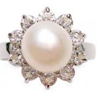 White SS Pearl Ring with 10 Translucent Cz Diamonds Surrounded