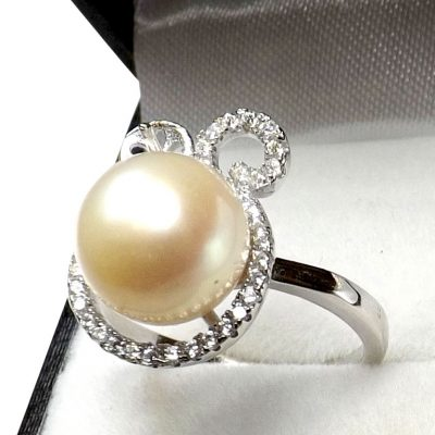 White 925 Sterling Silver Pearl Diamond Ring