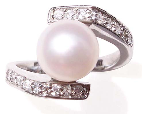 White 8.5mm SS Pearl Ring