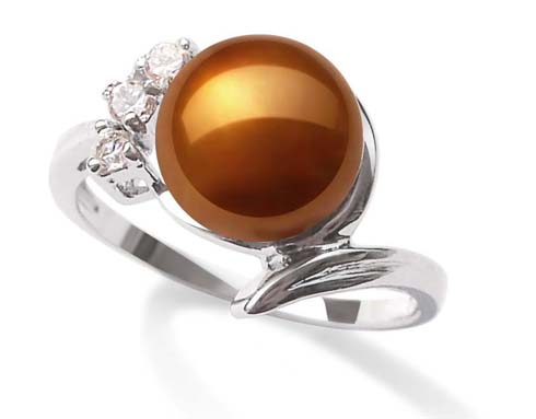 Chocolate 8mm Pearl Ring in 3 Cz Diamonds