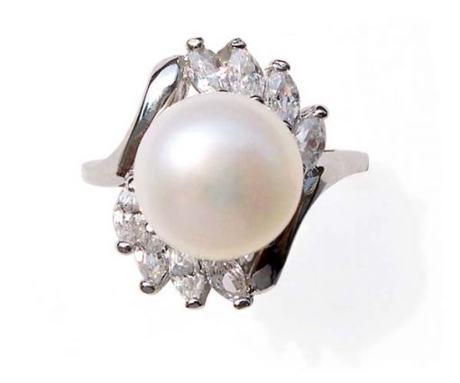 White 9.5-10mm Large Pearl SS Ring in Cz Diamonds