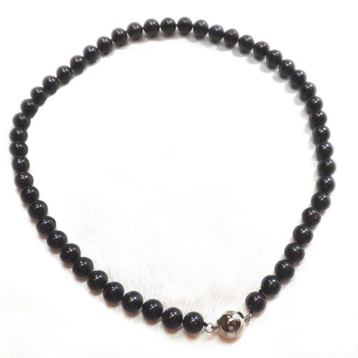 Black colored 8-9mm round pearl necklace