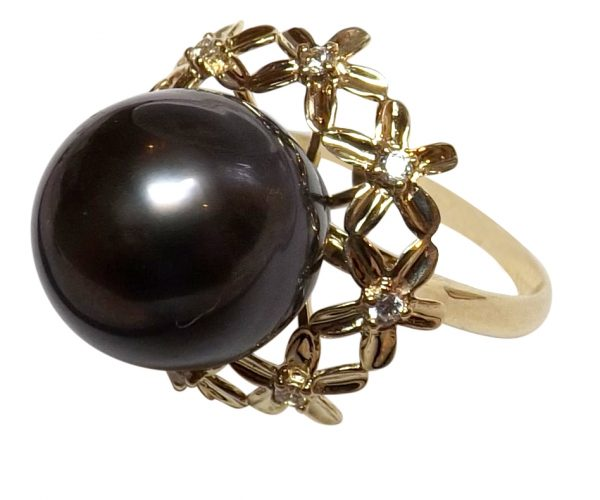 Beautiful 14K Yellow Gold 13mm Tahitian Round AAA Pearl Ring