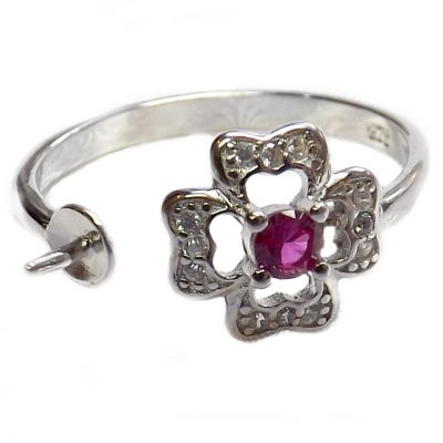 18k white gold with ruby flexible ring setting