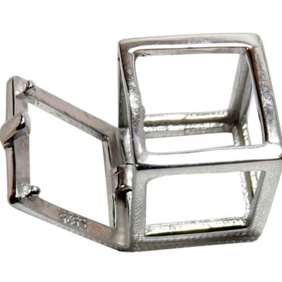 square shaped pearl pendant cage