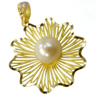 18k yellow gold white pearl pendant