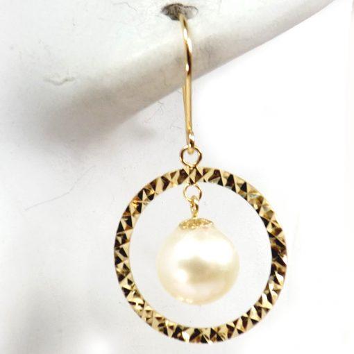 pearl dangling circle earrings