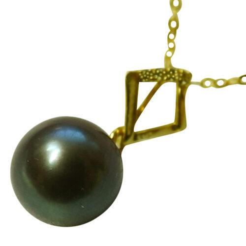 18k yellow gold black pearl pendant