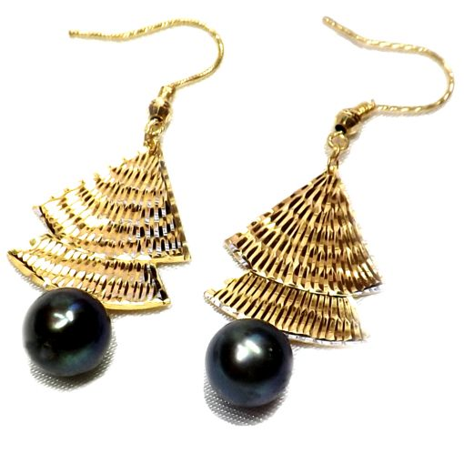 18KY good black pearl earrings