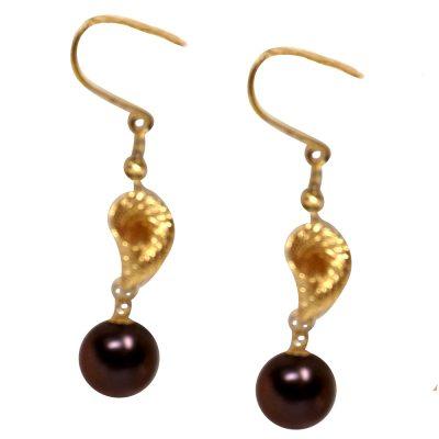 18ky gold black pearl earrings