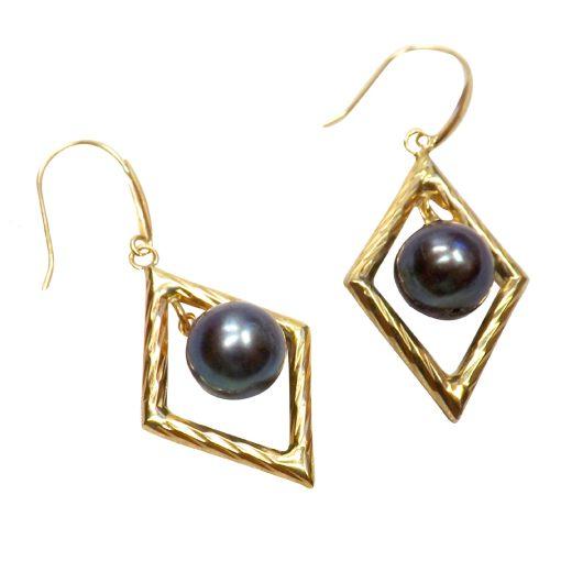 18KYG Diamond Shaped Round pearl earrings