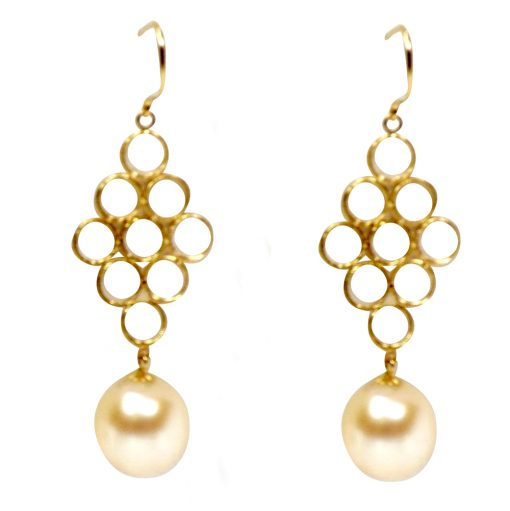 18KY good pearl earrings