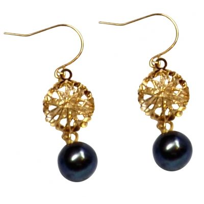 18K Yellow Gold Dangling Heart round black Pearl Earrings